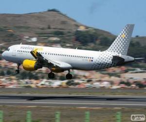 Puzle Vueling Airlines é uma companhia aérea espanhola